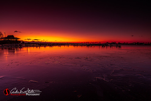 andrewslaterphotography city cold freeze frozen ice marina mckinley milwaukee place sunrise wisconsin unitedstatesofamerica lakemichigan greatlakes pier dock yacht mke mkemycity