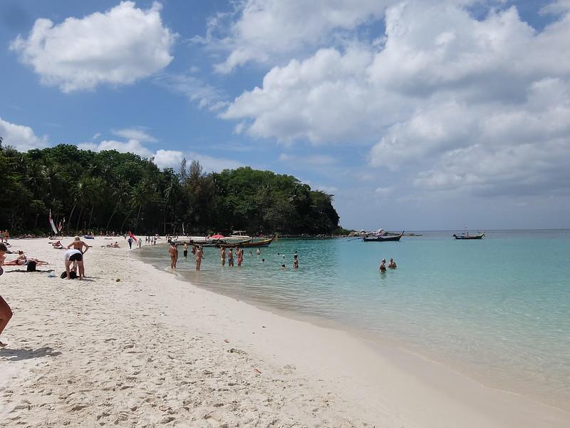 Пхукет - Лодки на пляже Фридом