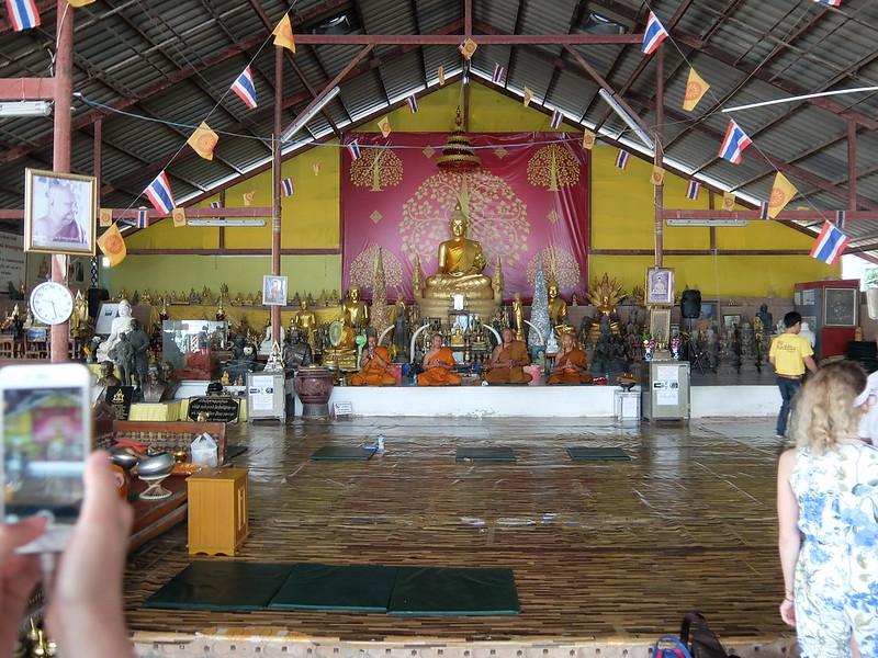 Пхукет - Монахи у Большого Будды
