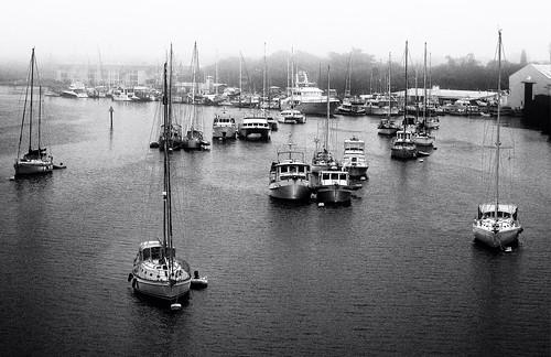 2020 em1mkiii monochrome blackandwhite sep2 kodak400tmaxpro lagoon boats harbor fog verobeach morning contrast seascape landscape marina