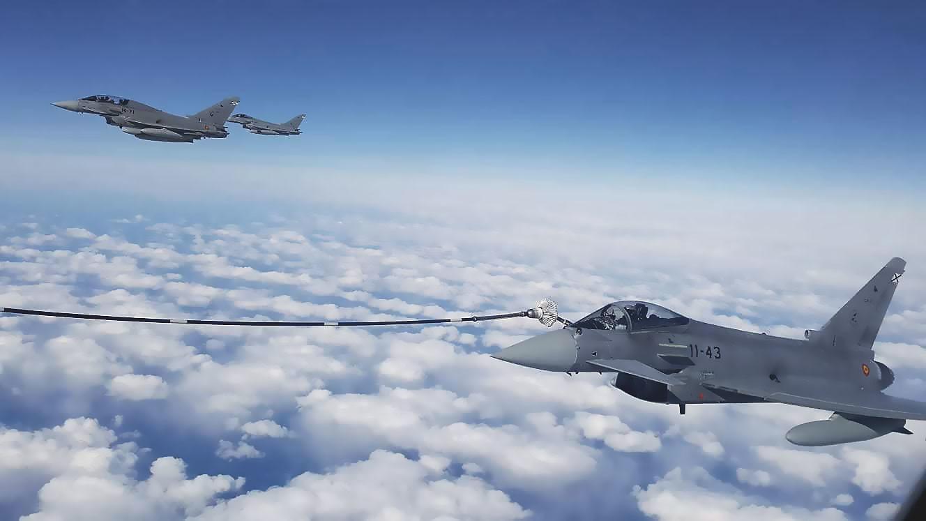 Reabastecimiento de Eurofighter en vuelo