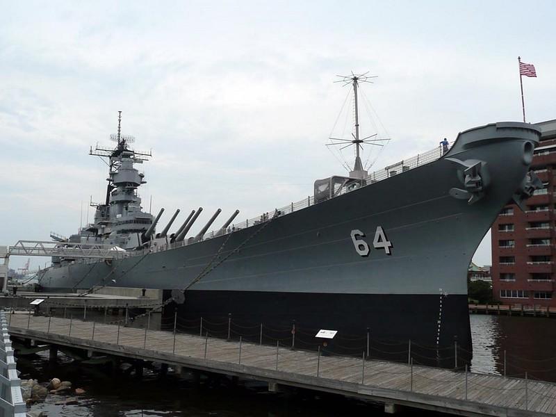 USS Wisconsin BB-64 4