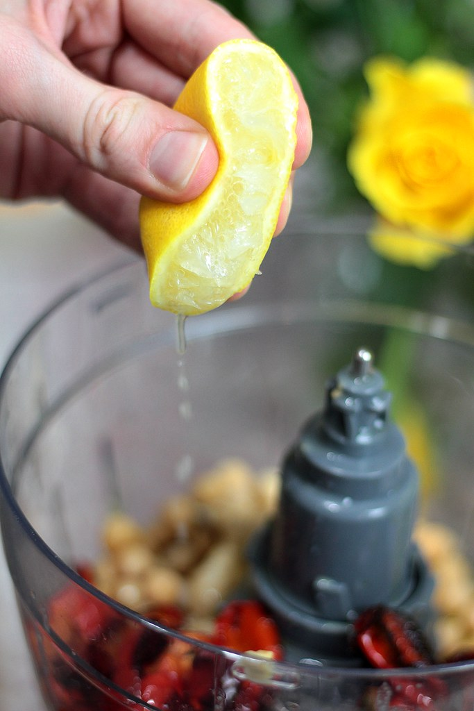 Lemon Squeeze - hummus recipe
