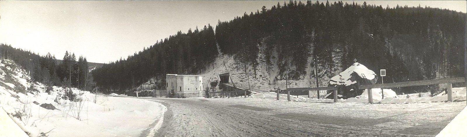 1915. Тоннель по дороге Яремче-Микуличин.