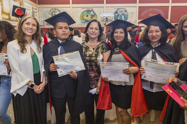 Graduación de estudiantes de modalidad virtual - Campaña Todos ABC 2020