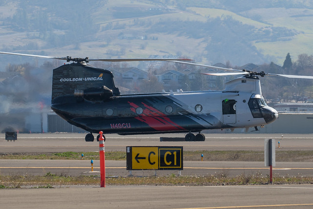 N40CU Coulson-Unical Boeing CH-47D Chinook