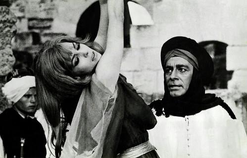 Michèle Mercier and Jean-Claude Pascal in Angélique et le Sultan (1968)