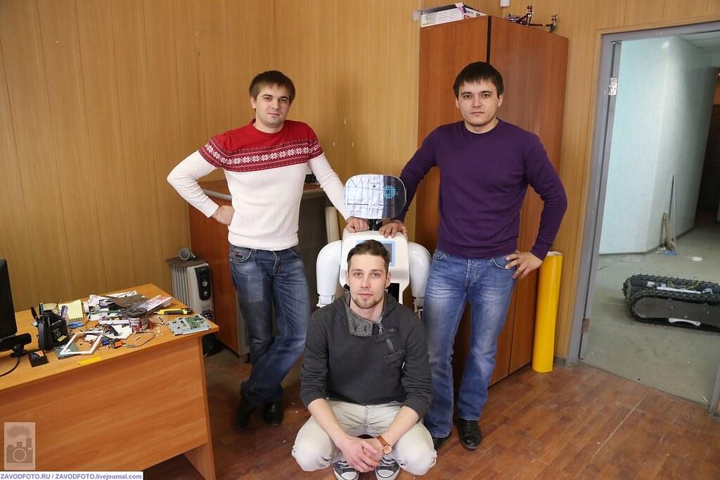 Арнольд Шварценеггер подал в суд на российского производителя роботов 13