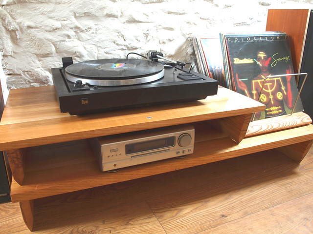 Bespoke Oak low level two tier turntable hifi stand with vinyl LP rack.