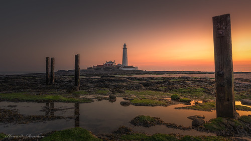 whitley bay st marys lighthouse sunrise