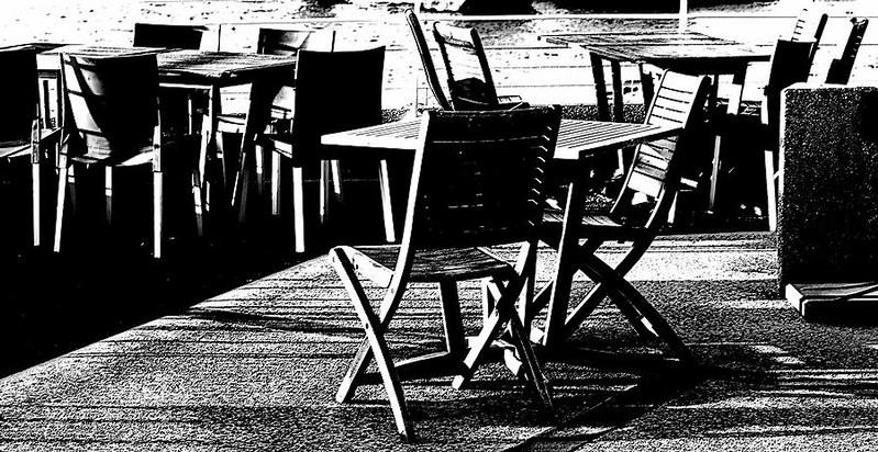 Tables et chaises 49623862043_4b8c77f9af_c