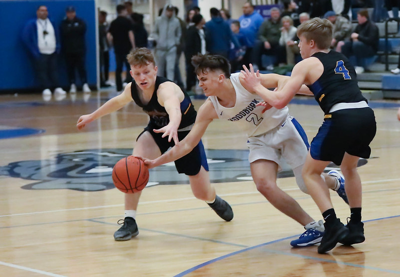 Woodburn vs. Siuslaw (In-Game) Feb. 28, 2020