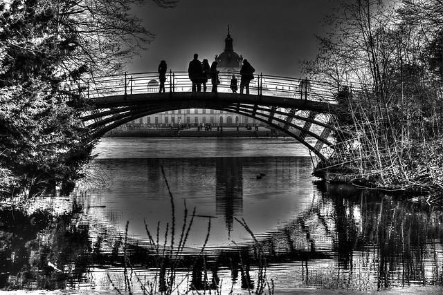 Reges Treiben auf der Hohen Brücke