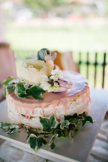 Beautiful glamour cake with flowers closeup.