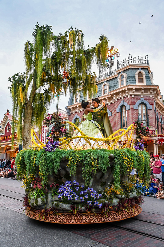 Princess and the Frog float Magic Happens DL