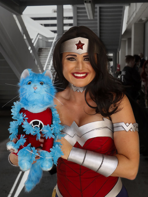 Wonder Woman meets Dex-Starr