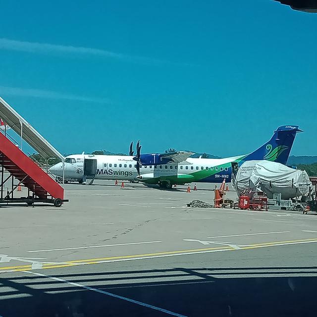 Twin-engine plane