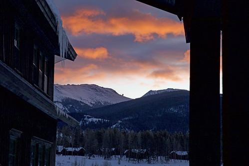 devilsthumb devilsthumbranch dawn sunrise mountains colorado continentaldivide snow winter crosscountryskiing