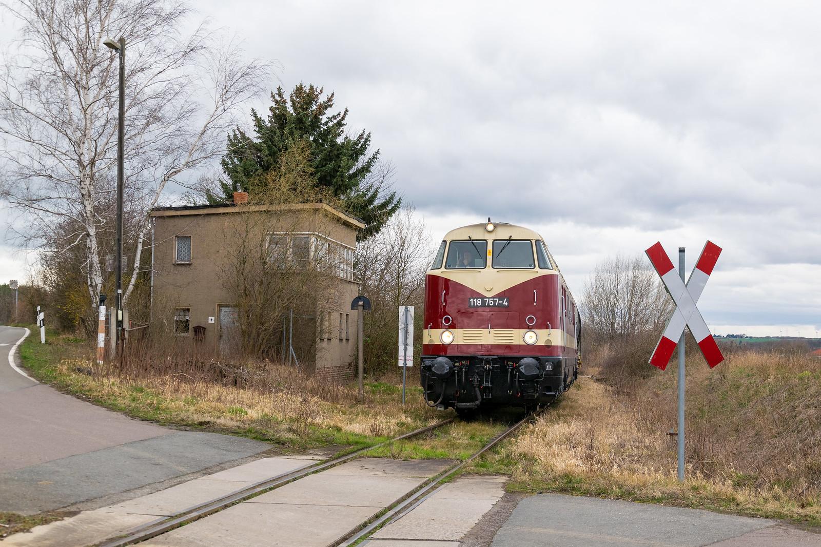 118 757 in Tröglitz