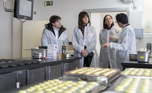 Reyes Maroto e Idoia Mendia visitan Bahco y Basque Culinary Center