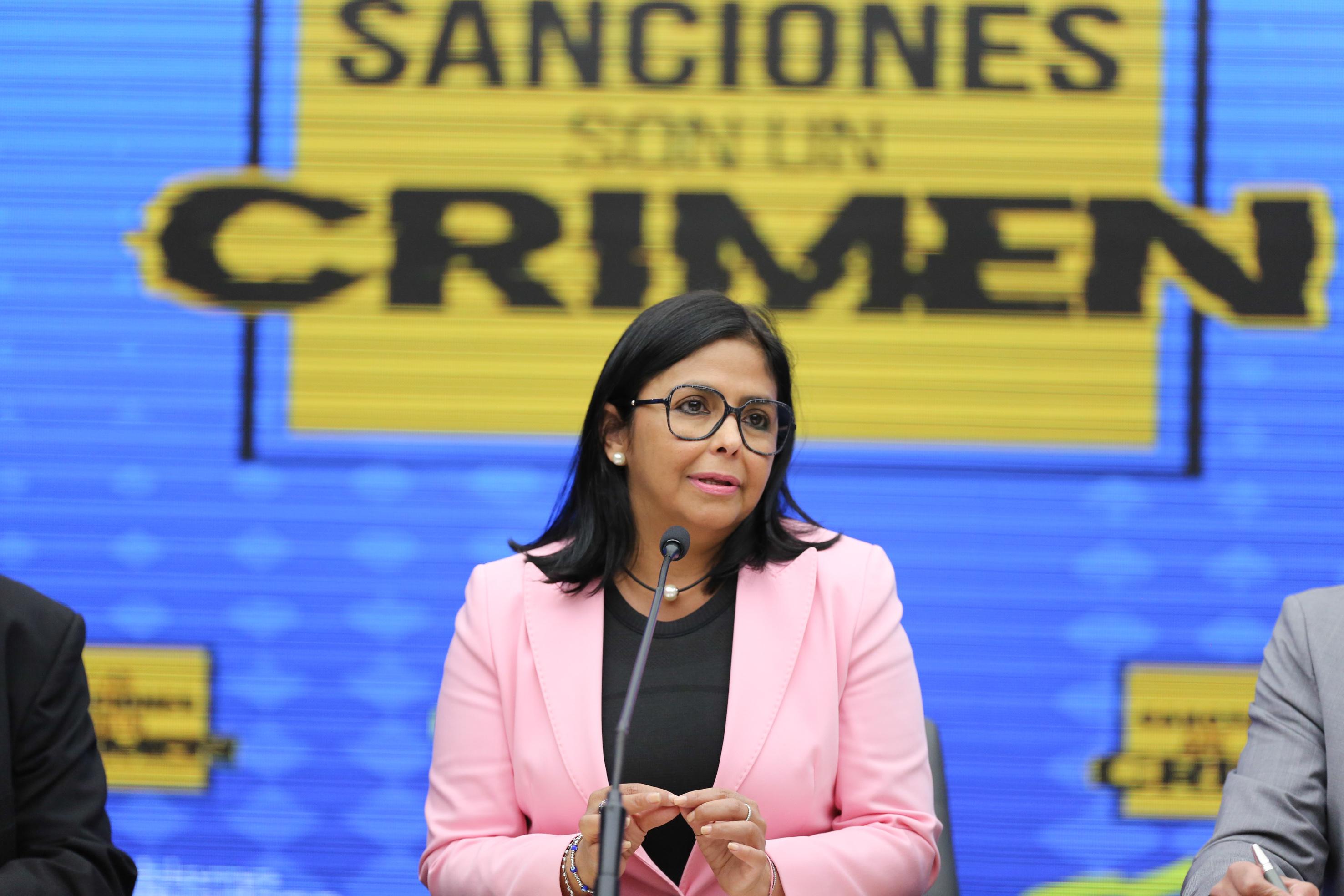 """Vicepresidenta ejecutiva, Delcy Rodríguez: """"Por primera vez se está presentando un caso donde se demuestra que las medidas coercitivas impuestas por EEUU contra Venezuela constituyen un delito de lesa humanidad"""""""