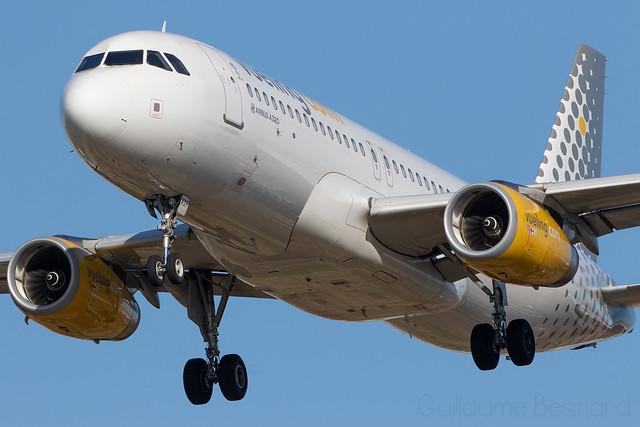 Airbus A320 Vueling EC-MXP MSN 8244