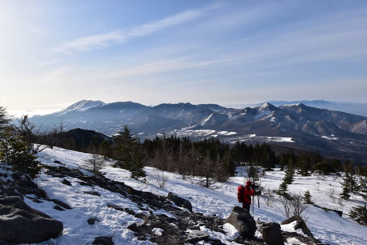 四阿山八合目から眺める浅間山~湯ノ丸山