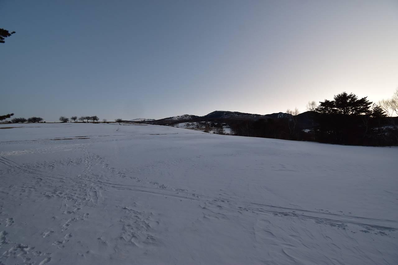 四阿山 牧場の雪原
