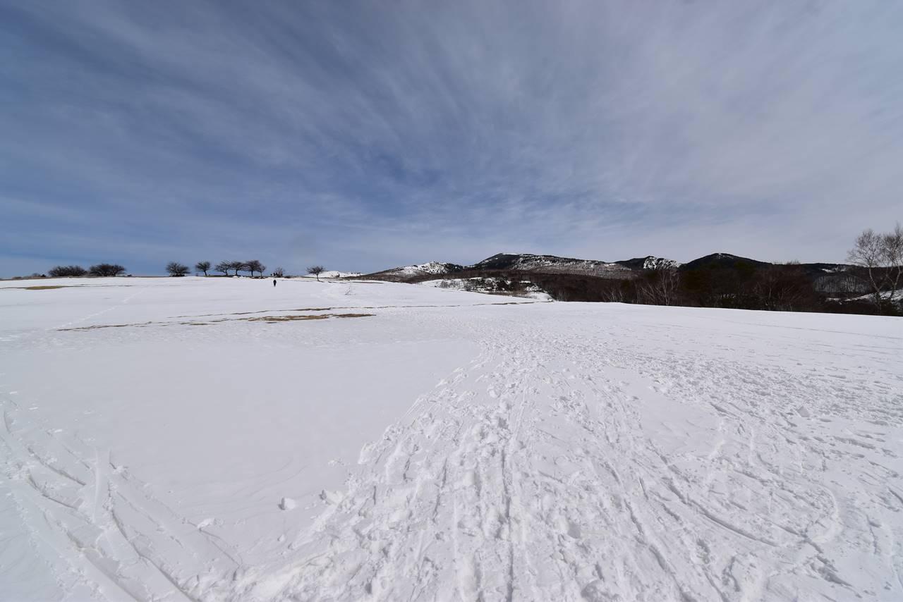 牧場から眺める四阿山