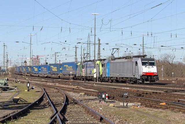 Railpool 186 251 + BLS 486 505 Basel Badischer Bahnhof