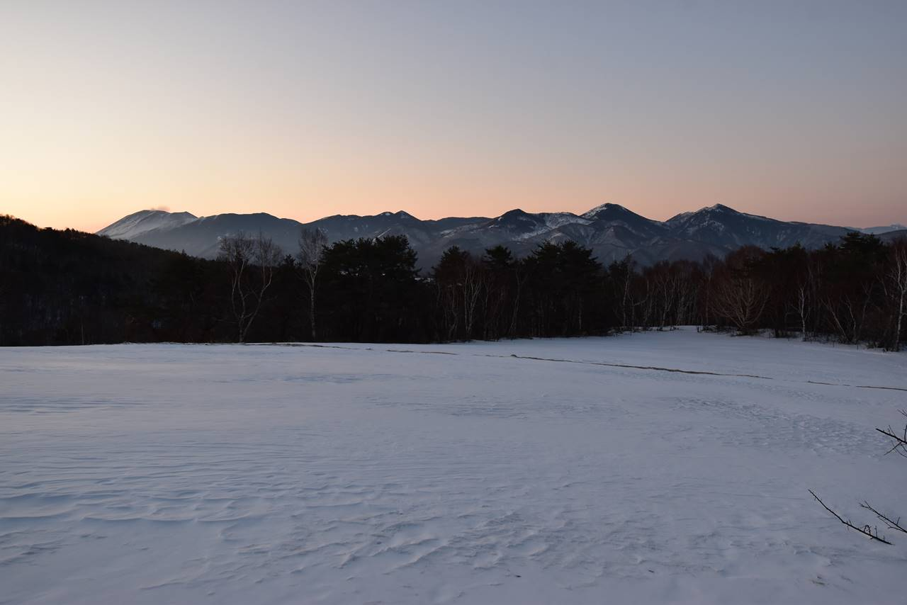 四阿山から眺める夜明けの浅間山