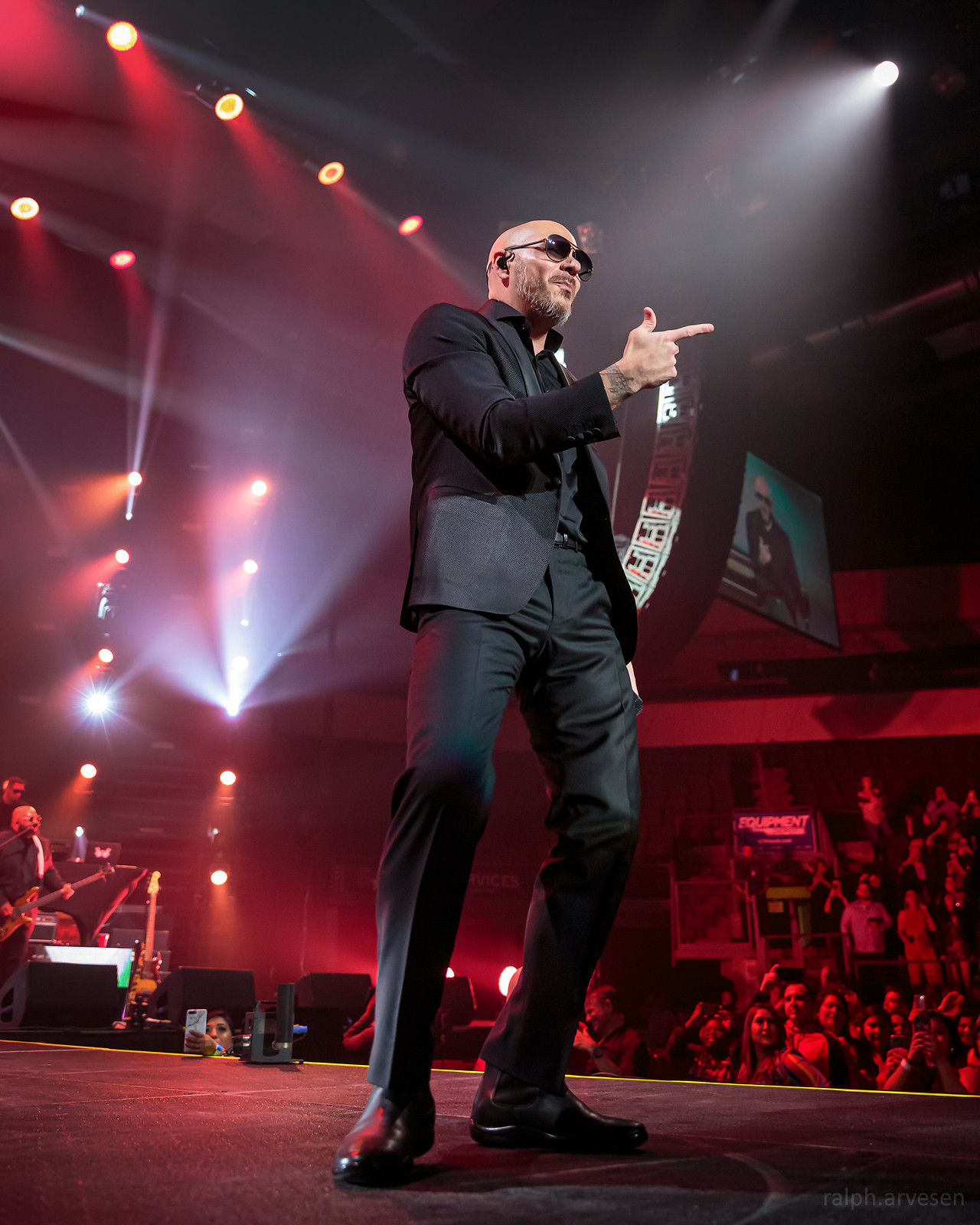 Pitbull | Texas Review | Ralph Arvesen