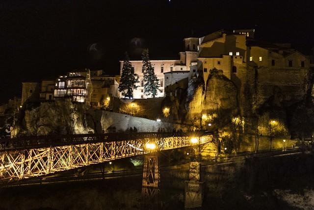 Cuenca. Casas colgadas y puente de San Pablo