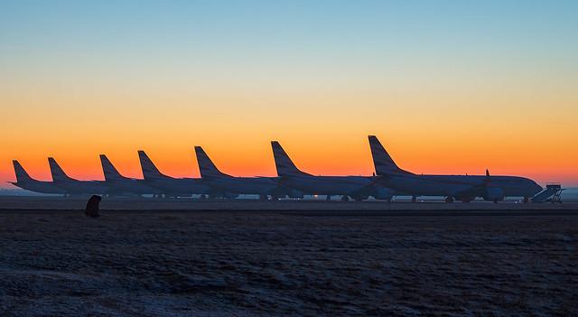 7x Boeing 737 Max 8 SmartWings po západu slunce!