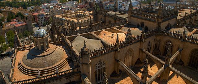 Dach katerdy w Sewilli