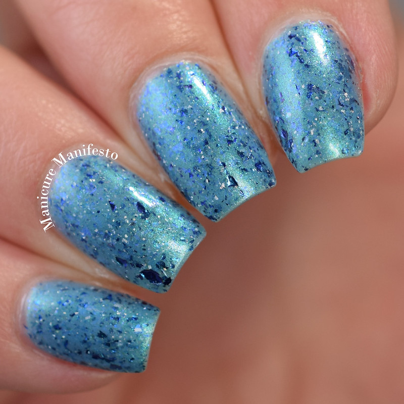 Paint It Pretty Polish Water Of The Sea review