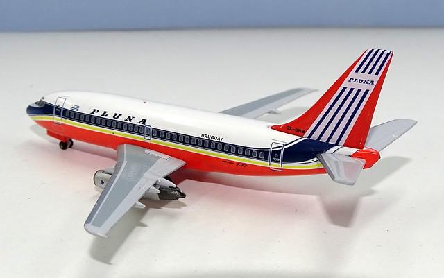 PLUNA Boeing 737-200 CX-BHM