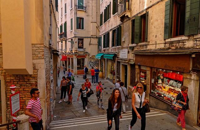 Venezia / Salizada S.Giovanni Grisostomo