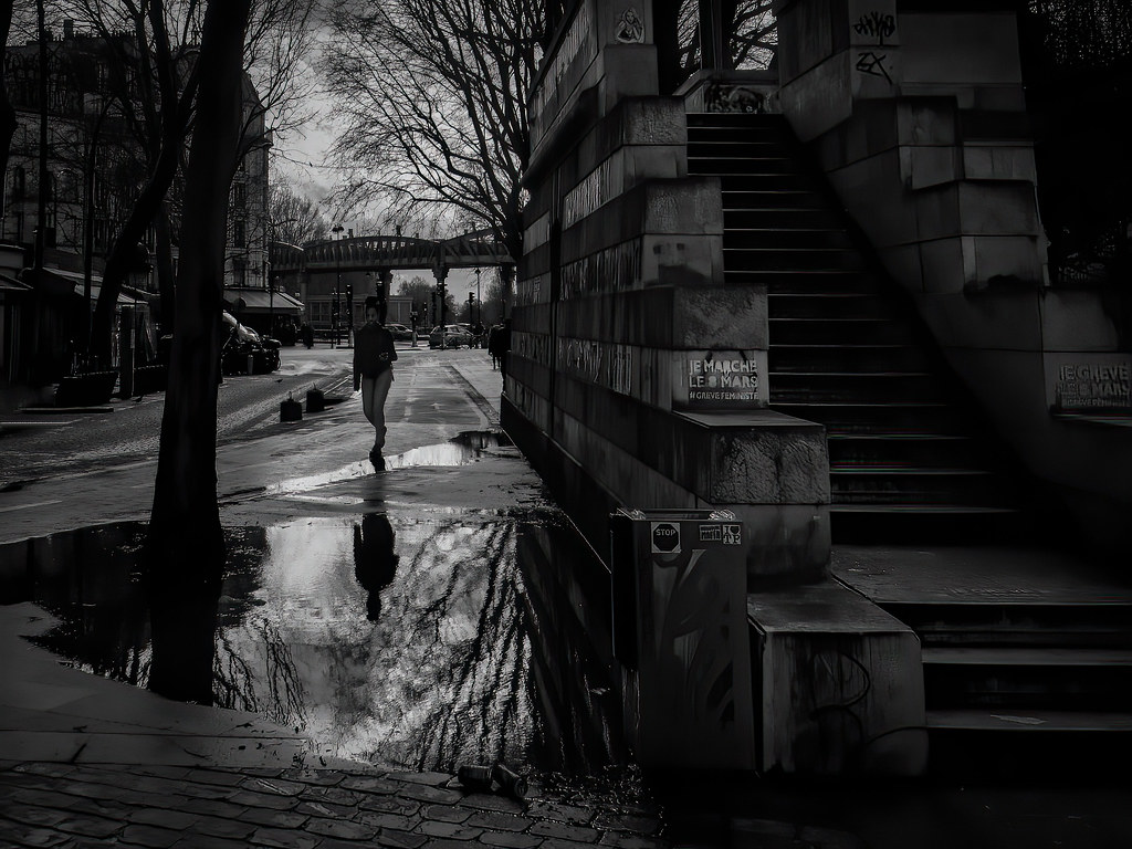 Près du Canal St Martin après la pluie... + nouveau PT 49634068416_1303011a0b_b