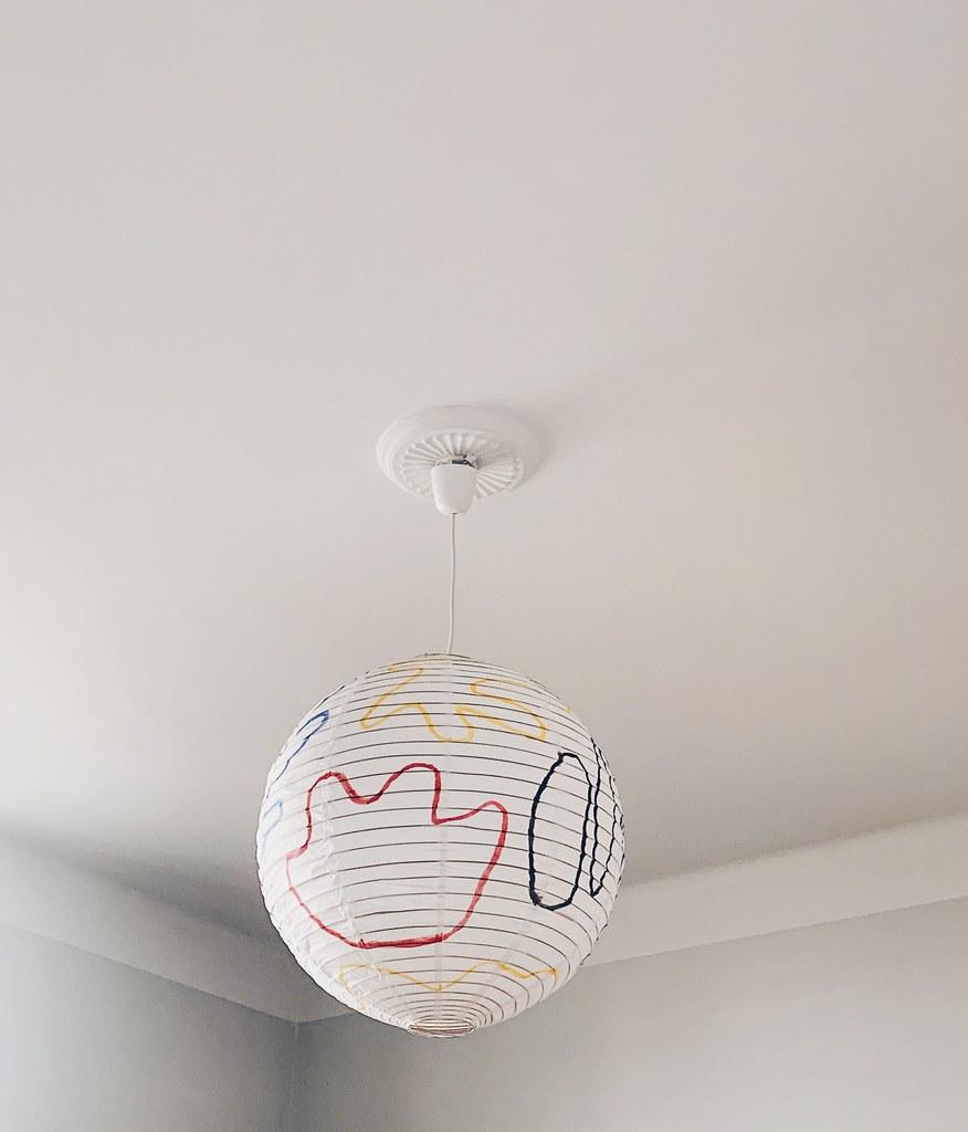 Handmålad taklampa