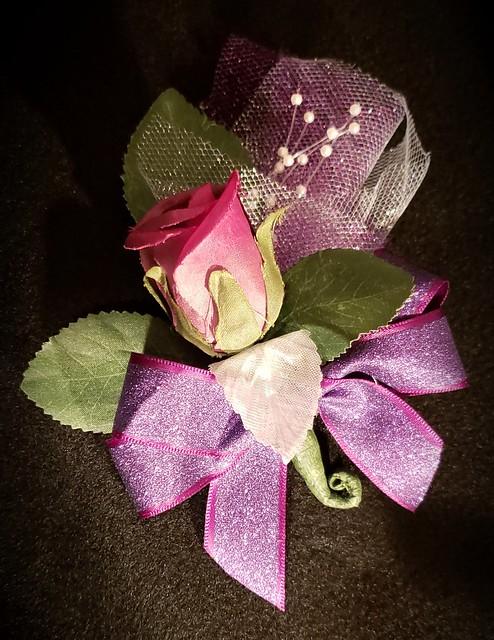 1 flower corsage