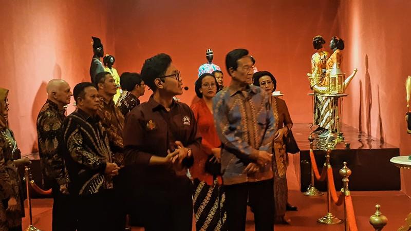 Ngarsa Dalem membuka Pameran Kraton Jogja Abalakuswa (5)