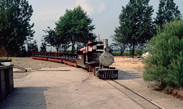 10¼in gauge 2-8-0PH no.278 (SL 14.5.78/1978) at Saville Bros Garden Centre Railway. Garforth. Yorkshire.