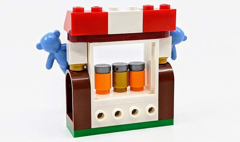 LEGO Fairground Minifigure Pack