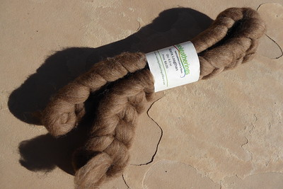 2019-08-02_Spinning_Manx-Loaghtan-from-Woolgatherings_before