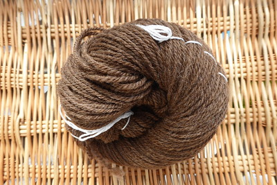 2019-08-02_Spinning_Manx-Loaghtan-from-Woolgatherings_3-ply