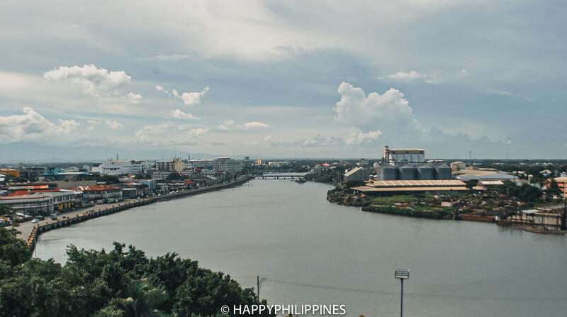ILOILO CITY RIVER ESPLANADE