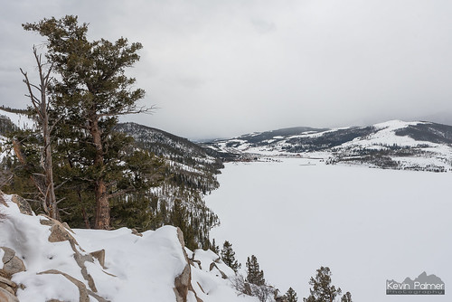 dillon colorado dillonreservoir frozen lake snow snowy cold winter february forest trees nikond750 cloudy tamron2470mmf28 sapphirepoint overlook rockies rockymountains