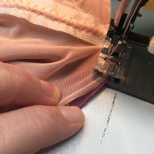 tutorial: mesh socks with rhinestones