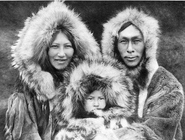 Nativos de una etnia a la que conoceremos en la Expedición CH